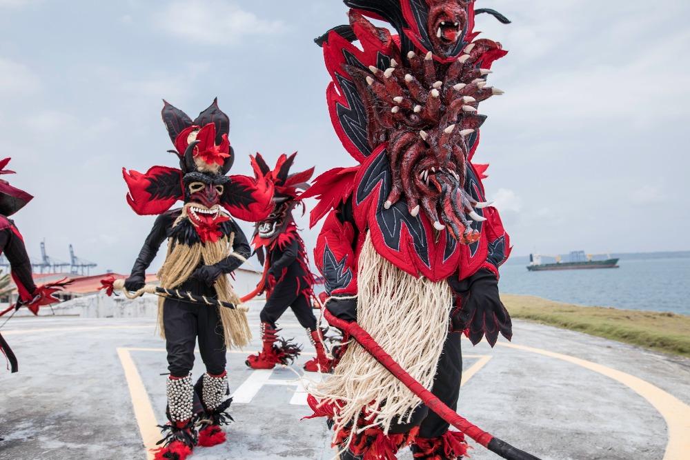 En la cultura congo, los diablos no representan a un ser satánico, sino al mal
