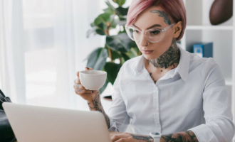 Las empresas aceptan los tatuajes profesionales, aquellos diseños que a simple vista son calificados como de buena calidad.