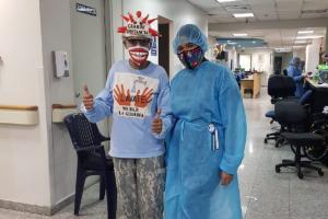 Durante sus radioterapias en el ION. (Foto: Cortesía)